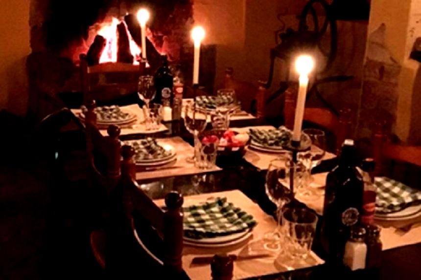 Гости ресторана на горе Монсеррат становятся участниками мистического спектакля