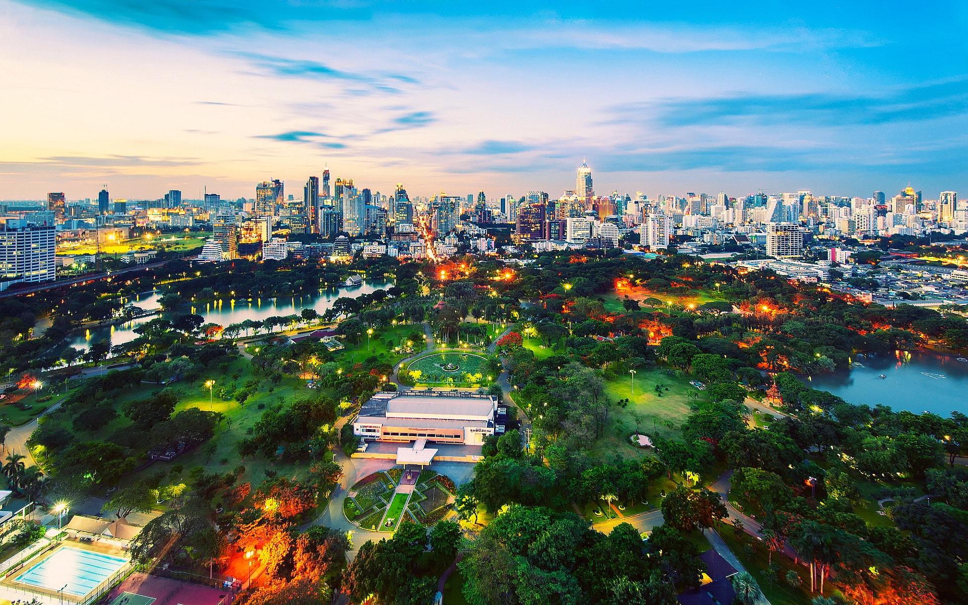 Таиланд привлекает туристов ювилирными изделиями