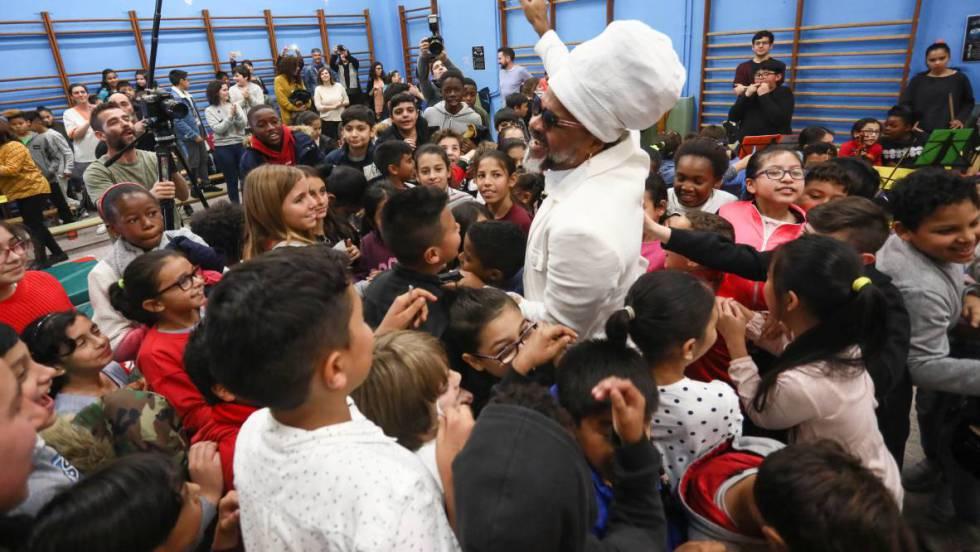 Музыка в школе Мадрида для помощи детям, оказавшимся в уязвимом положении
