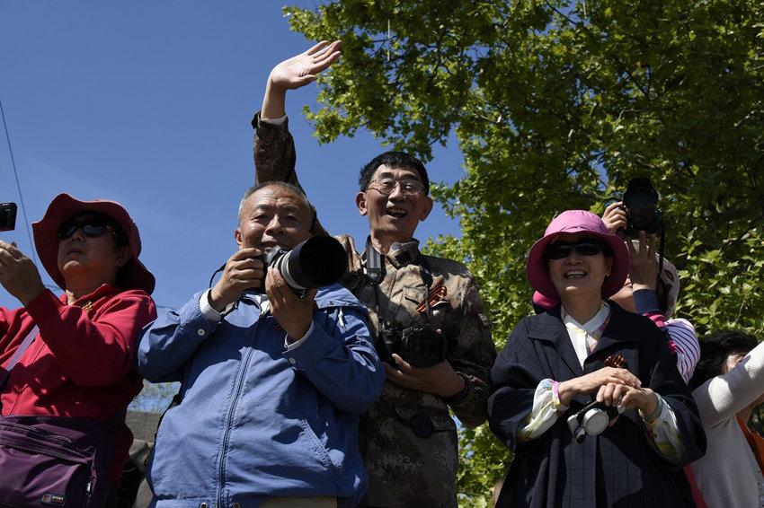 Путин пригласил китайских туристов в Крым, но в других регионах им давно не рады