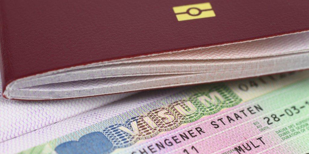 Еврокомиссия: добросовестные туристы смогут получать пятилетний шенген