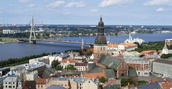 Быстрый способ получить ВНЖ в Латвии